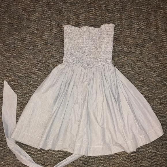 Dresses & Skirts - Hollister strapless dress